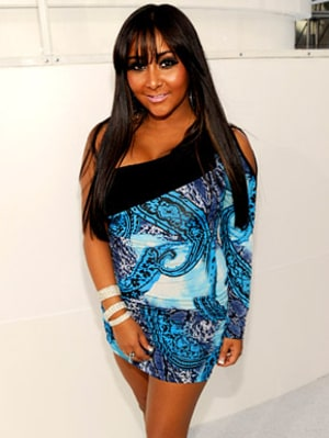 jersey shore s snooki is getting a spinoff   us weekly