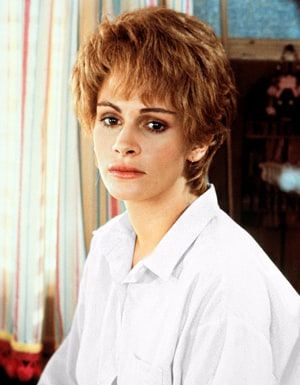 Julia Roberts Was Tortured by Steel Magnolias Director