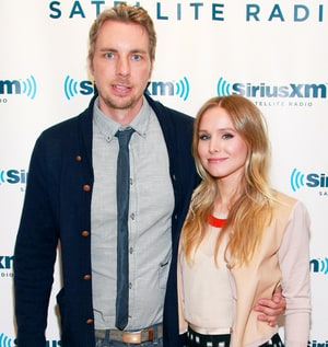 Kristen bell confirms marriage to dax shepard via twitter for Dax shepard and kristen bell wedding