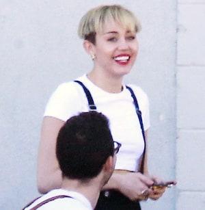 Awe Inspiring Miley Cyrus Bowl Cut Star Debuts New Look Wears Suspenders Short Hairstyles For Black Women Fulllsitofus