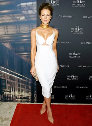Kate Beckinsale Looks White-Hot in Cutout Dress and Gold Choker: Photo ...
