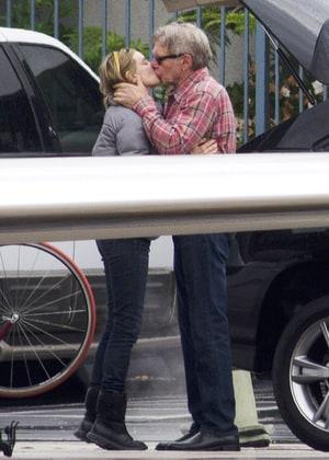 Harrison Ford Calista Flockhart Kiss Pda Photo Us Weekly