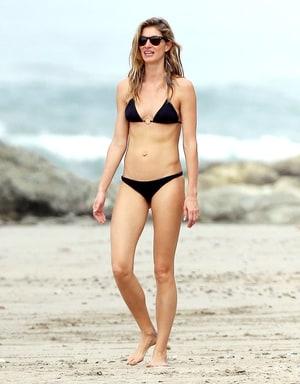 Gisele Bundchen Works Flawless Bikini Body In Two Piece