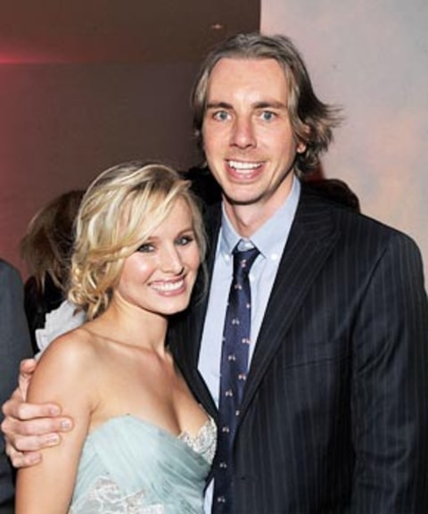 kristen bell wedding ring: Kristen Bell Is Engaged To Dax Shepard!