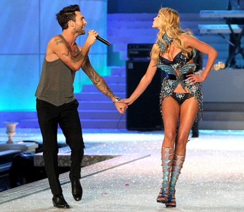 maroon 5 victoria secret model dating