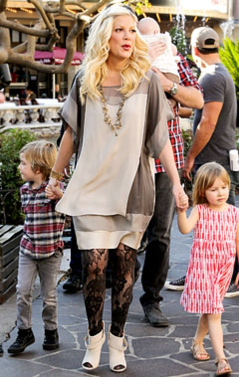 Write a Fashion Police Caption for Tori Spelling