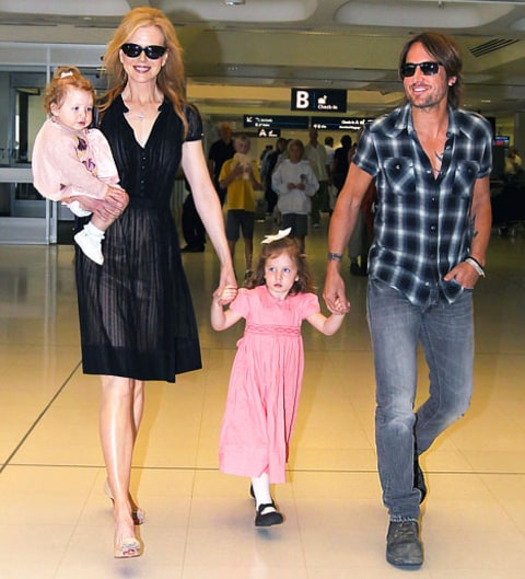 Aww See How Big Nicole Kidman 39 S Daughters Have Become