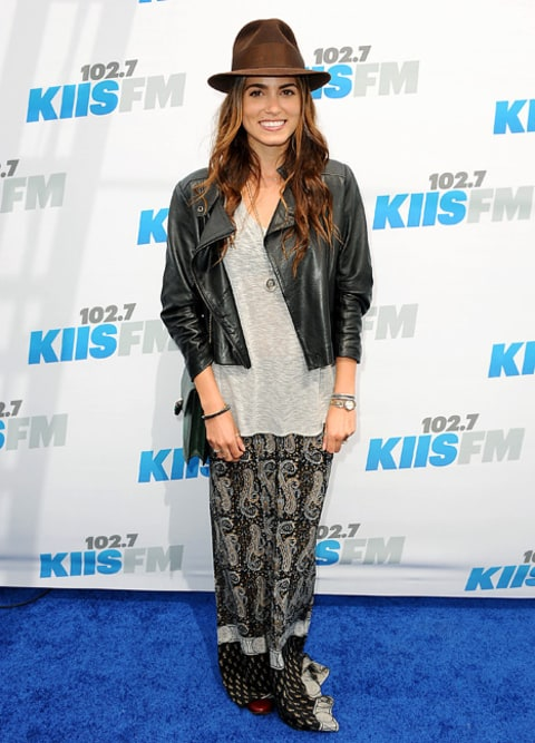 Write A Fashion Police Caption For Nikki Reed Us Weekly