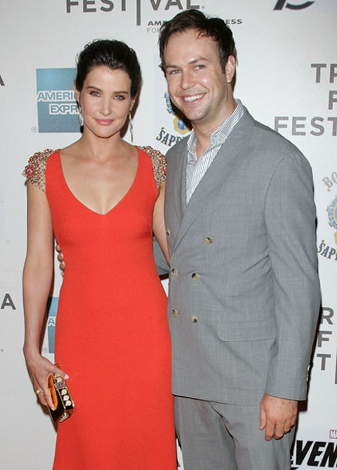 Cobie Smulders Weds Taran Killam! - Us Weekly
