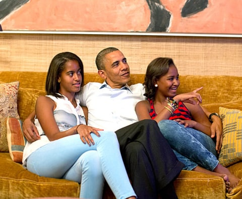 Michelle Obama Pregnant With Sasha Barack obama talks about malia and ...