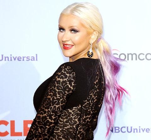 Christina Aguilera Shares Her Voice Advice for Usher and Shakira! - Us ...  Christina Aguilera