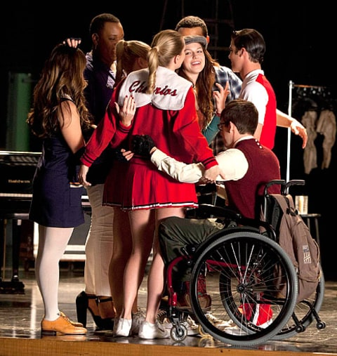 "Glee Depicts School Shooting In Controversial ""Shooting"