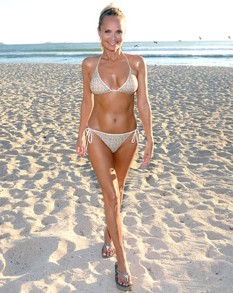 88 Best Latina Plus Models Images On Pinterest: Kristin Chenoweth Models Slim, Toned Bikini Body, Weighs