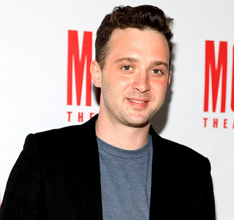 eddie kaye thomas threatened by knifewielding woman after