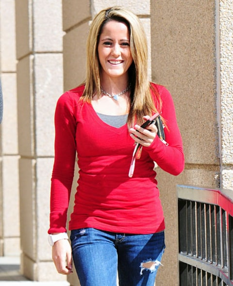 Jenelle Evans Flashes Huge Smile Before Court Hearing For