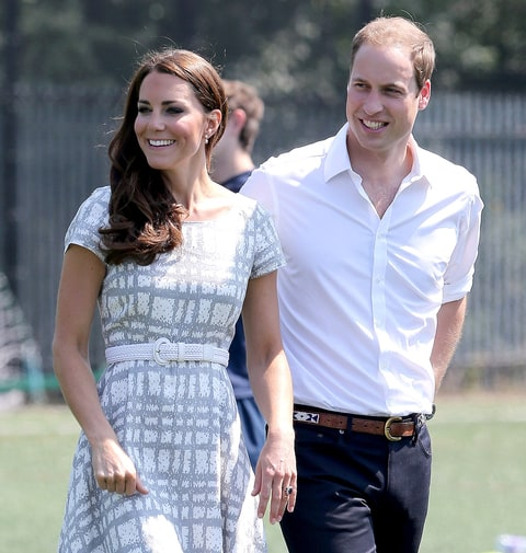 royal baby astrology will kate middleton 39 s child be a cancer or leo us weekly. Black Bedroom Furniture Sets. Home Design Ideas
