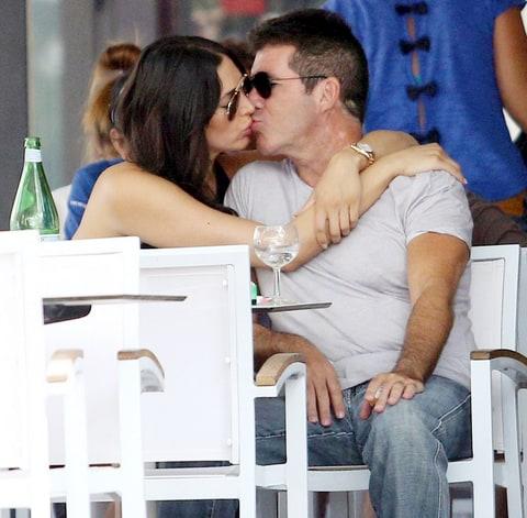 simon cowell kisses pregnant lauren silverman in st