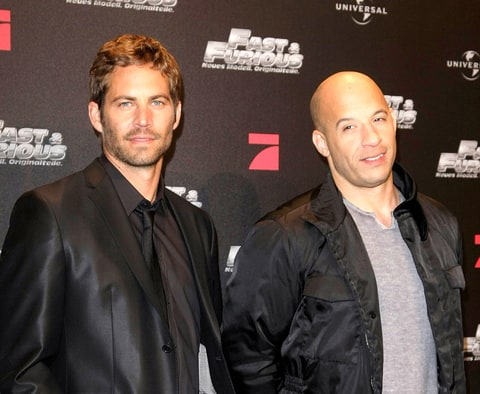 Paul walker Fast and Furious actor dead in car Crash