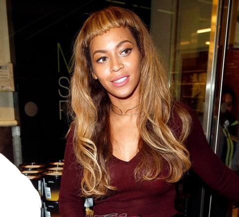 Beyonce Debuts Super-Short New Bangs: Photos - Us Weekly