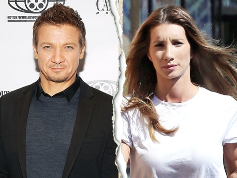 Jeremy Renner's Wife S...