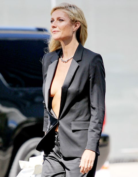 gwyneth paltrow cleavage