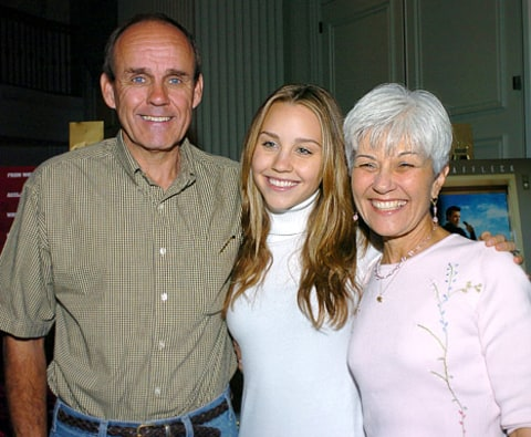 amanda bynes and parents