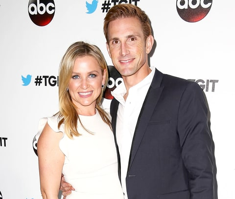 Jessica Capshaw Pregnant: Grey's Anatomy Star Expecting ...
