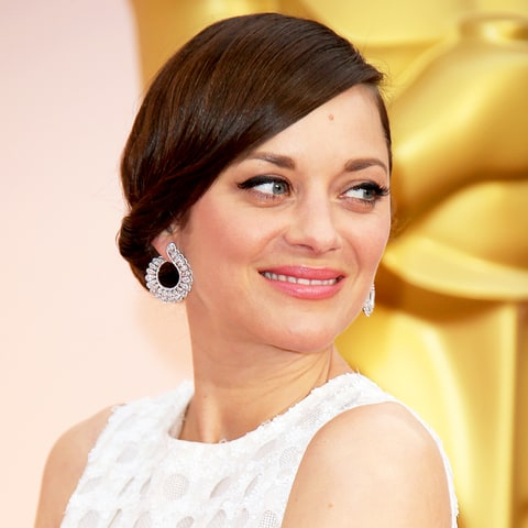 Marion Cotillard unrecognizable after getting makeover for new film