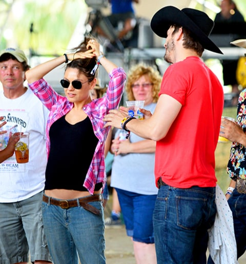 Ashton Kutcher and Mila Kunis Baby Bump