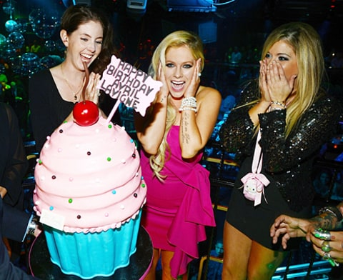 avril and cake