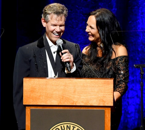 Randy Travis Performs 'Amazing Grace' During Country Music Hall of Fame Induction