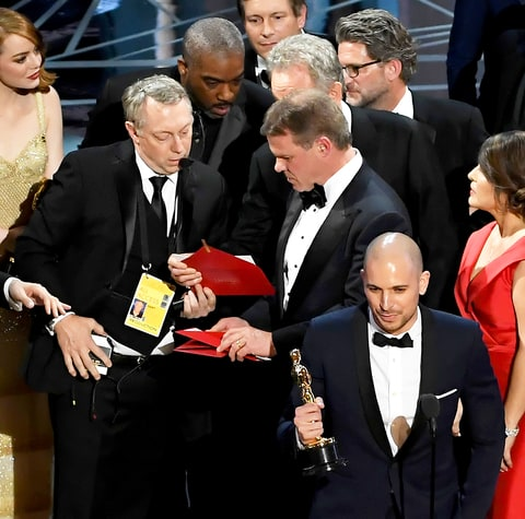 191096322976 also Nelly Country Song additionally Oscars 2017 Warren Beatty Is Getting Roasted On Twitter After Best Film Flub 1663919 in addition Twitter Envelope Memes Oscars also Interview Oscar Envelope And Winners Announcement Card Designer Marc Friedland Discusses The Oscars And How To Throw A Great Awards Show Party. on academy award envelope