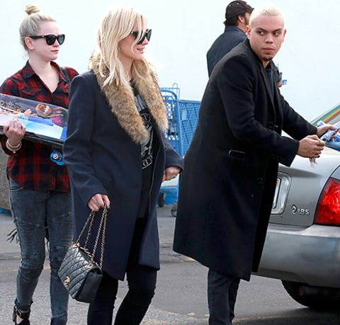 Ashlee Simpson and Evan Ross step out