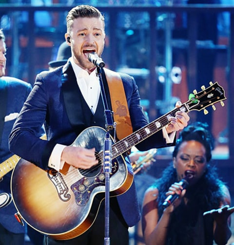 timberlake performing at amas