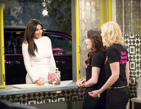 Kim Kardashian, Kat Dennings and Beth Behr on 2 Broke Girls