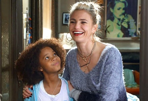 Quvenzhane Wallis and Cameron Diaz in Annie