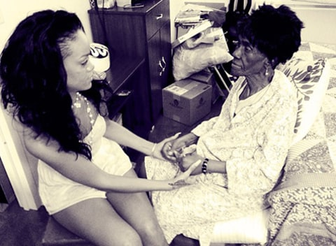 Rihanna's Grandmother Passes