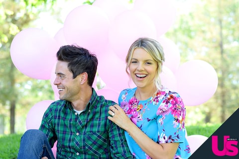 Ali Fedotowsky and Kevin Manno