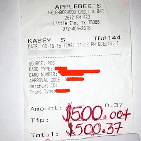 Kasey Simmons Applebee's receipt