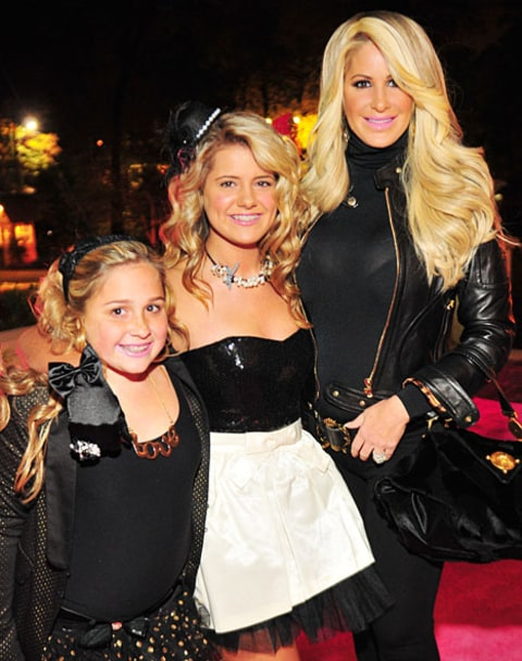 kim zolciak and daughters