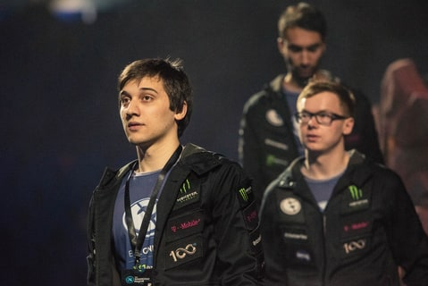 Arteezy at Shanghai Major