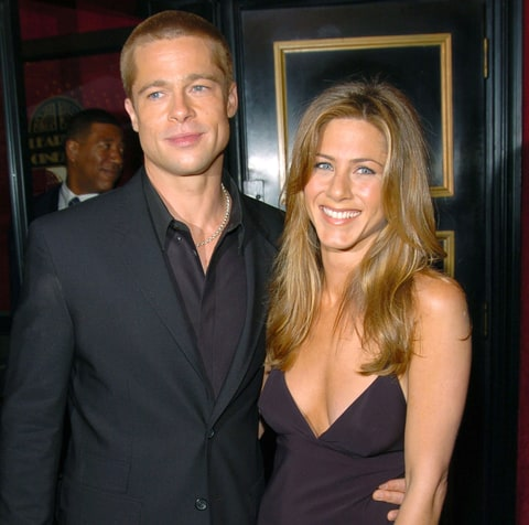 How Jen Aniston Reacts to Brad Pitt, Angelina Jolie Split ...