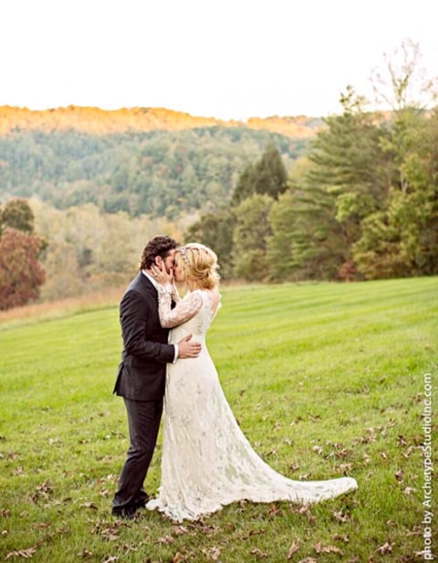 Kelly Clarkson Wedding Kelly Clarkson Marries...