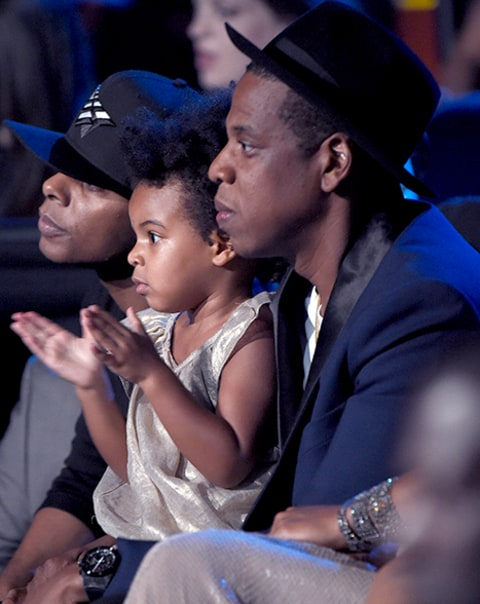 jay and blue watching bey