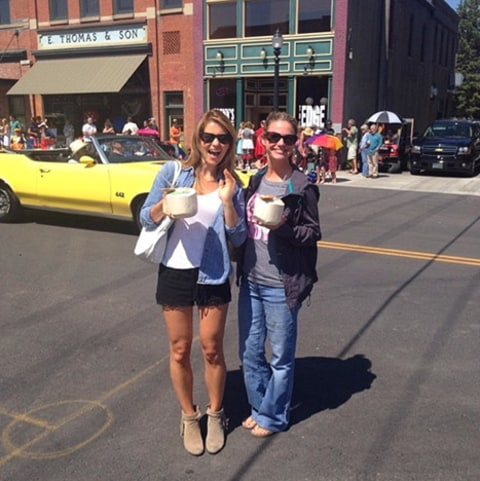 Candace Cameron-Bure and Kimmie at parade