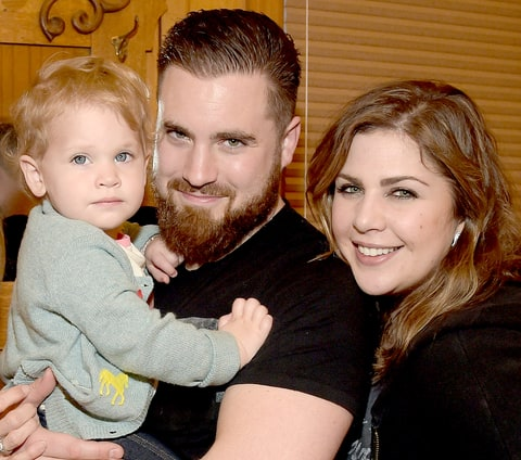 Lady antebellum s hillary scott opens up about her for Lady antebellum miscarriage how far along