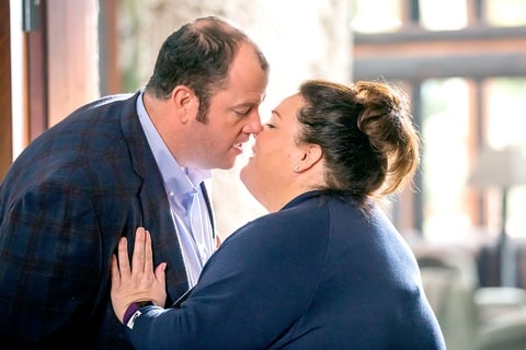 Chris Sullivan as Toby Damon and Chrissy Metz as Kate Pearson on This Is Us.