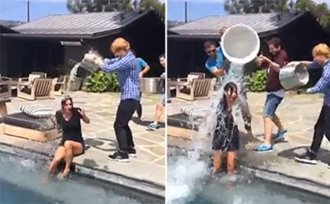 Courteney Cox ice bucket