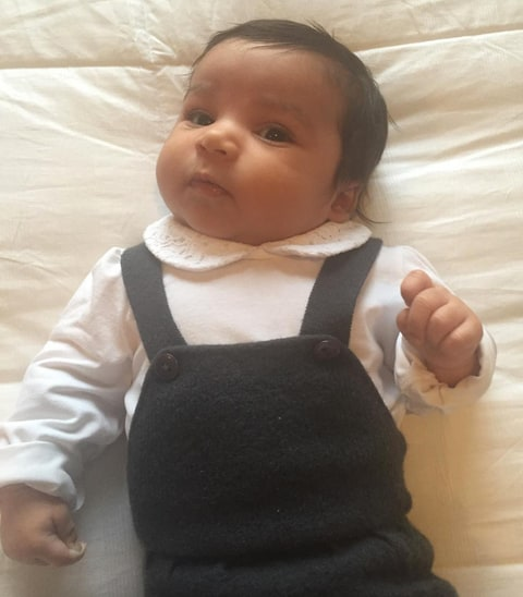 Rob Kardashian Shares New Pics of Dream Smiling, Dressed ...