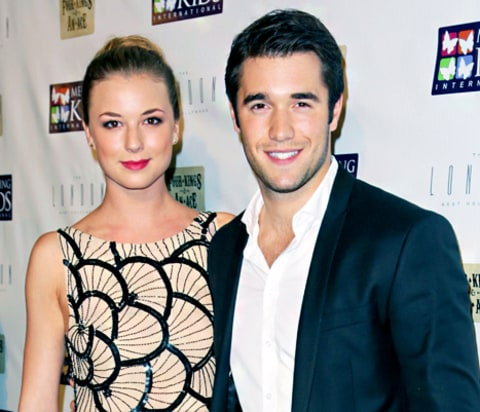 are emily and josh from revenge dating Josh bowman bowman at the paleyfest 2012 born:  bowman has been dating revenge co-star emily vancamp since late 2011 the couple became engaged on 11 may 2017.